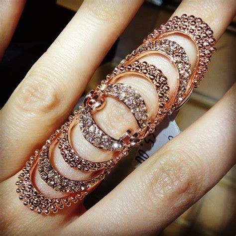 Gothic thumb rings lovetoknow jpg 500x500